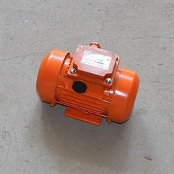 Вибратор площадочный ЭВ-320 (380В) - фото 5597